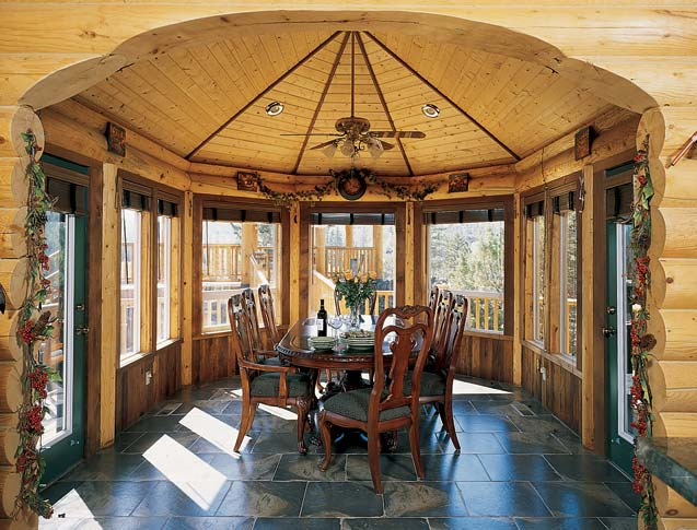 How To Design The Perfect Log Home Sunroom