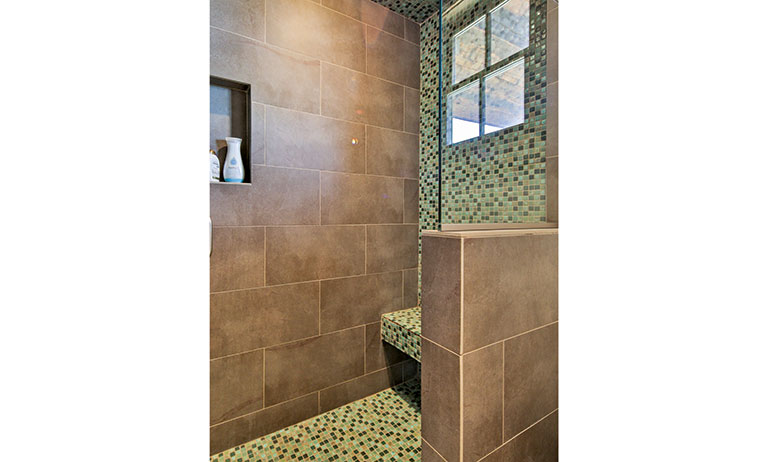277-Old-Armington-Rd-Lucky-Man-print-041-13-Bathroom-2800x4200-300dpi_2268_2017-11-01_13-05