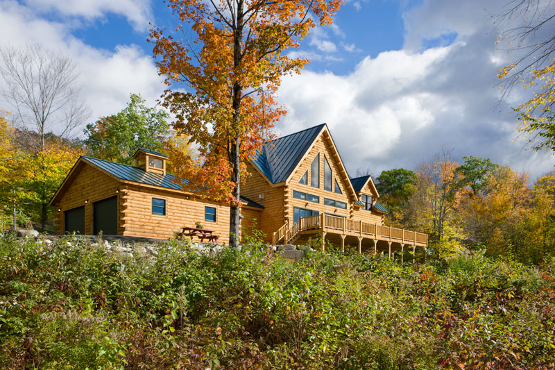 A Picturesque Log Home In New Hampshire