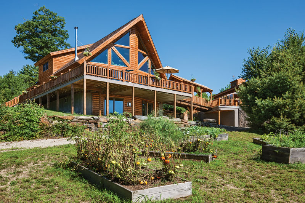 Easy log home landscaping tips