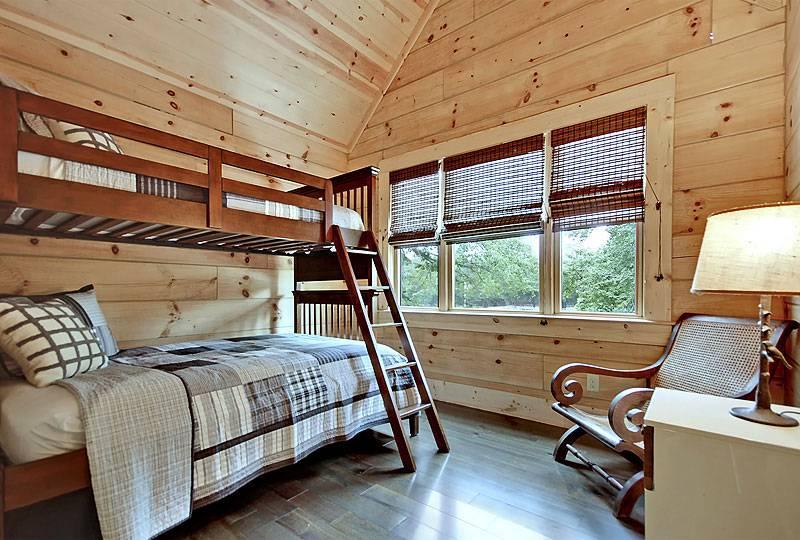 Bedroom-2_8542_2019-04-15_18-20
