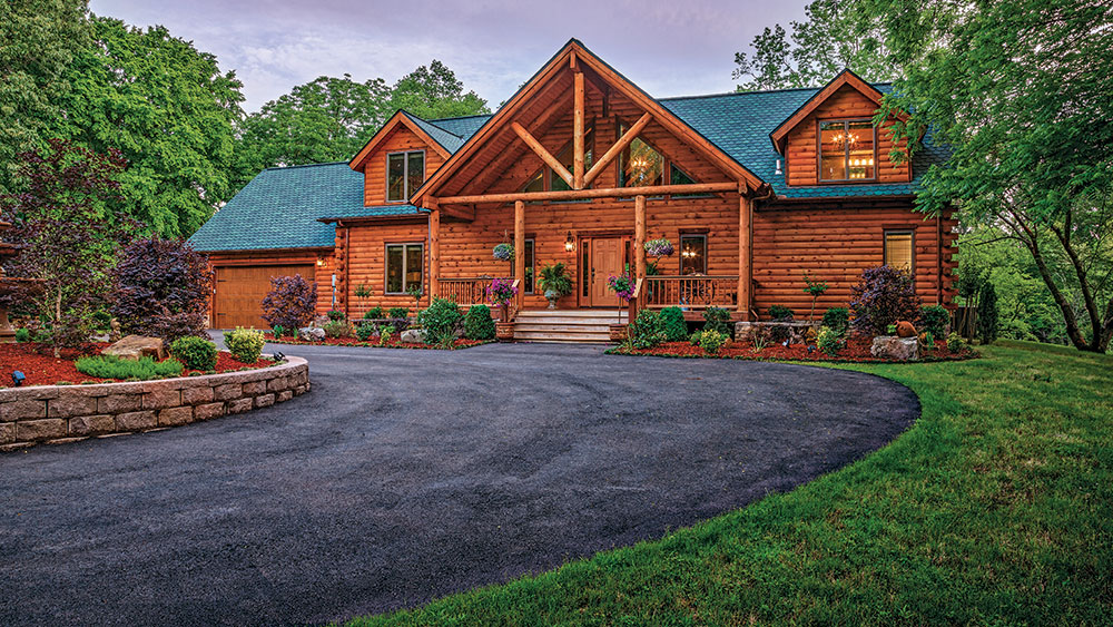 A Cozy Arkansas Log Cabin
