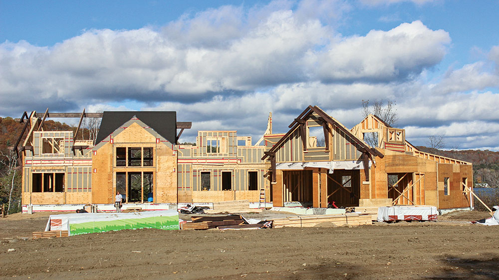 How to Find the Best Time to Begin Construction on a Timber Frame