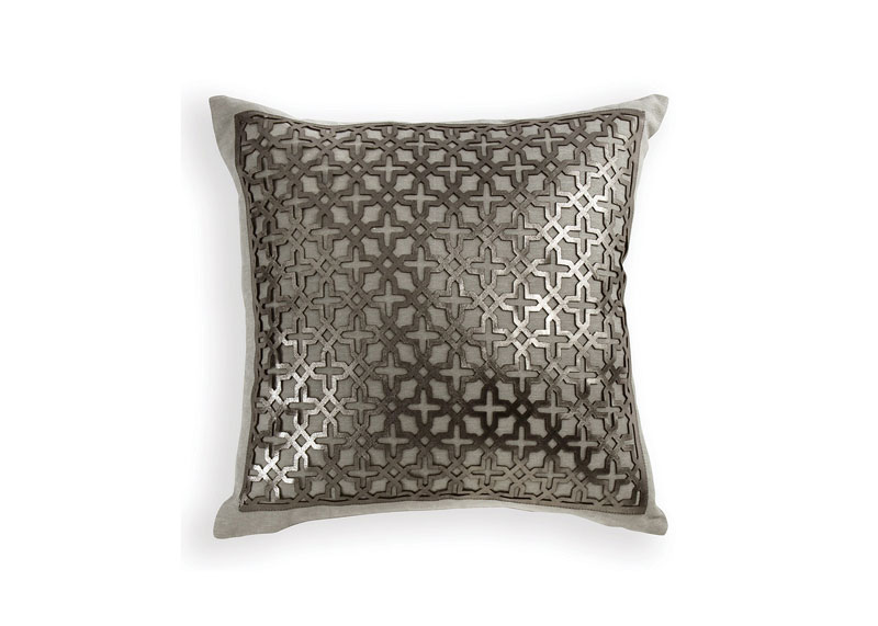 LHL-June-July-19-FT-pillow-(1)_wayfair_8542_2019-09-03_14-58