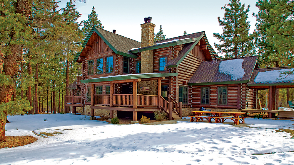5 Reasons to Own a Log Home
