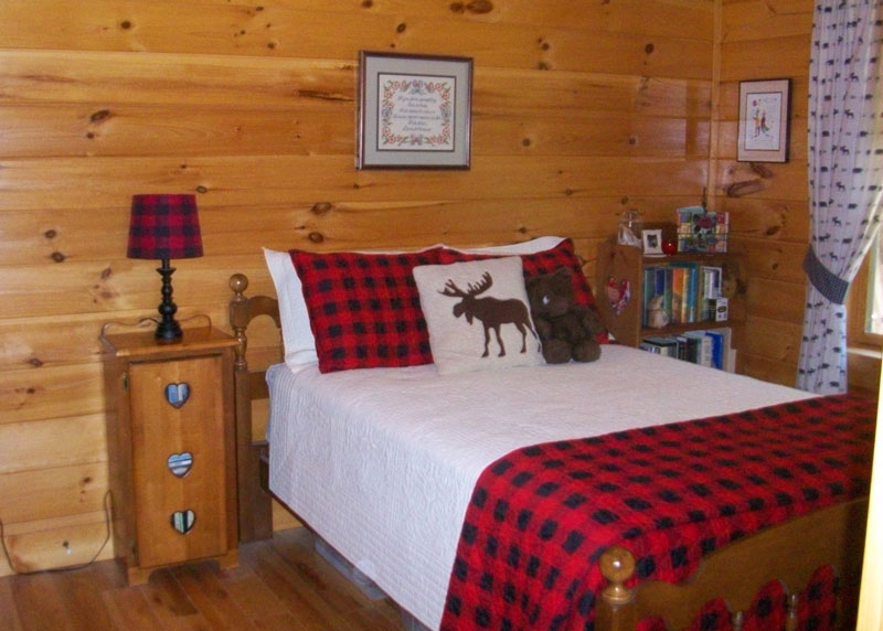 Small-Guest-room_8542_2019-07-10_16-06