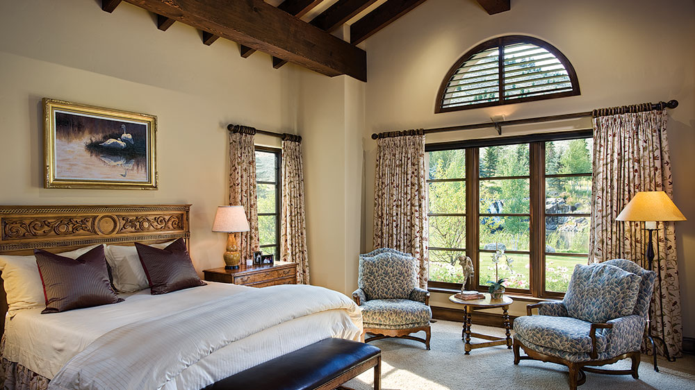 Idaho timber frame bedroom