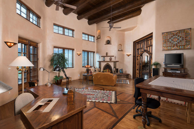 West-Creek-Ranch-large-025-025-Living-Room-1500x1000-72dpi_8542_2019-07-16_12-28