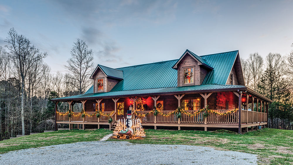 Tour a Tennessee Highlands Log Home