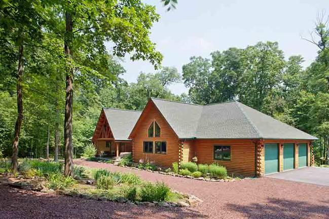 Exterior--Katahdin's Acorn Log Home