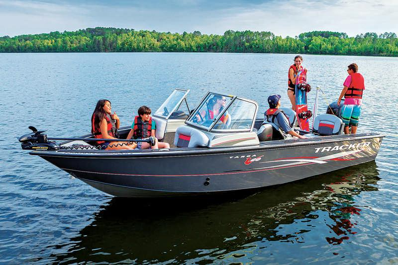 Best Fish And Ski Boats >> The Best Power Boat For Your Cabin