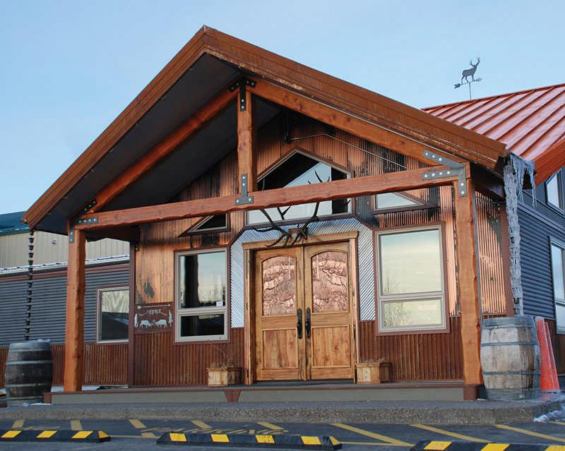 5 Innovative Rustic Cabin Exteriors