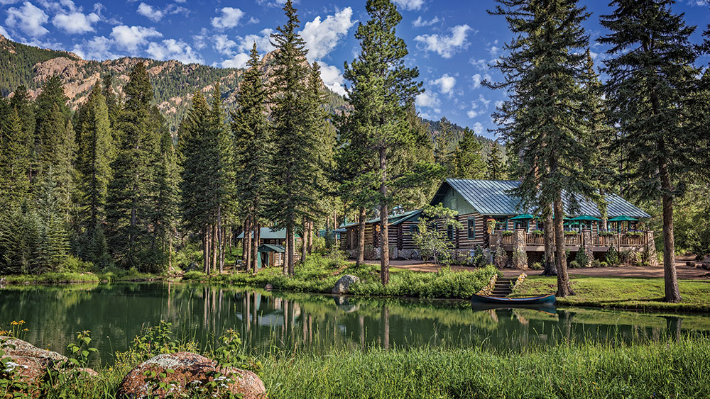 4 Colorado Log Home Hotels