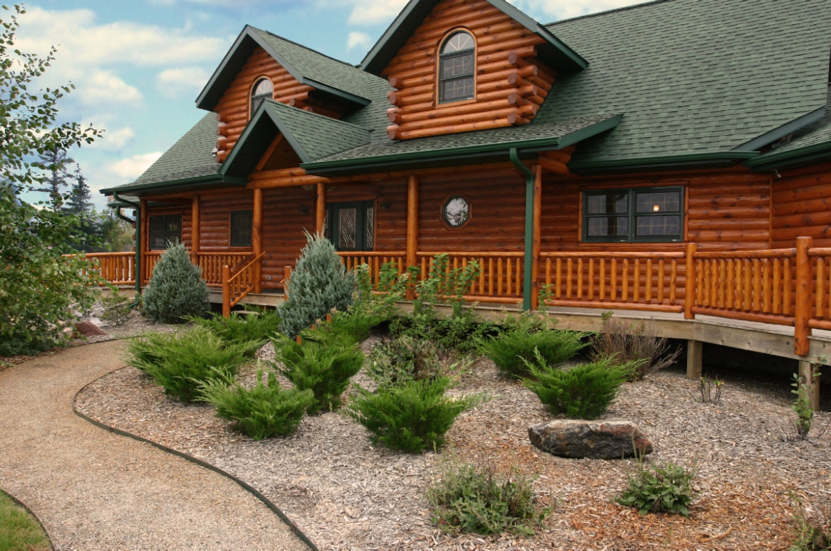 Custom Double Eagle Log Home from Golden Eagle Log Homes