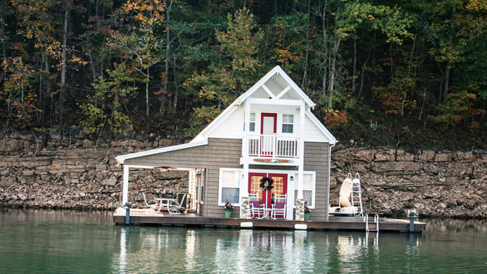 Phenomenal A Floating Cabin In Tennessee Interior Design Ideas Pimpapslepicentreinfo