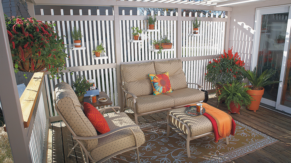 Decorating Your Outdoor Dining Area 2