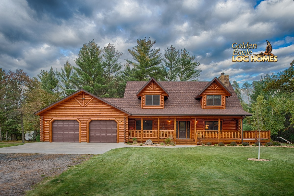 lofted log by Golden Eagle Log Homes