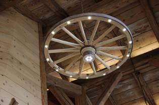 log home decor and furnishings