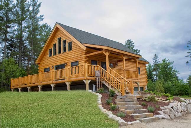 Oak Ridge Log Home from Coventry Log Homes