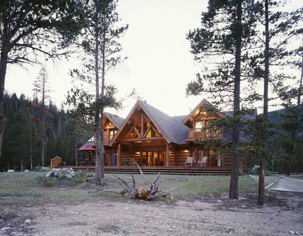 102-log-cabin-home-600x4671