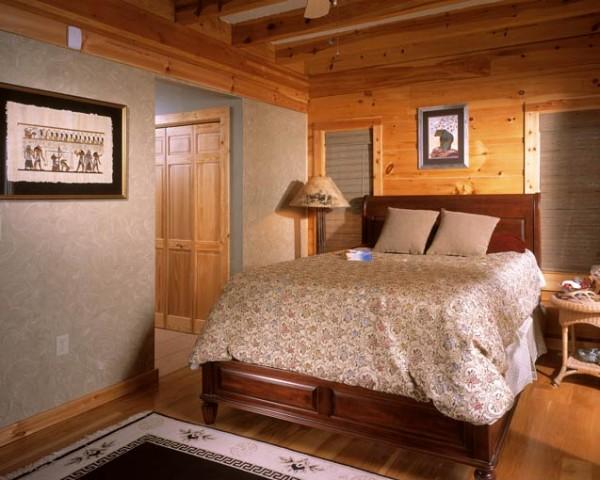 8-bedroom-in-cabin-048-600x480