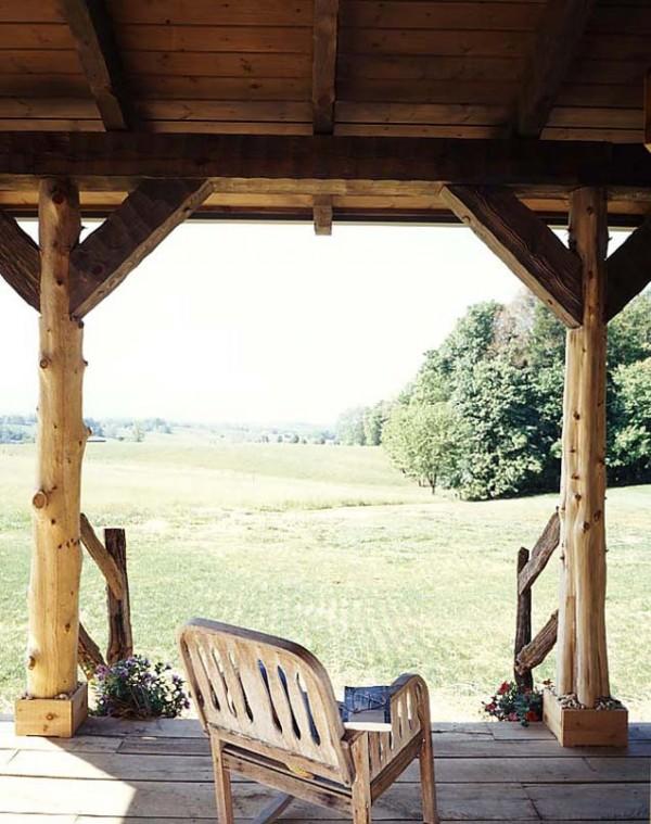 2-tiny-cabin-porch-600x759