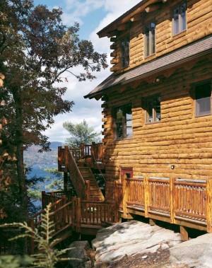 adirondack-lakeside-log-home-exterior-300x379