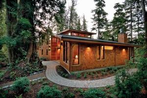 canadian-home-cedar-siding-300x1991