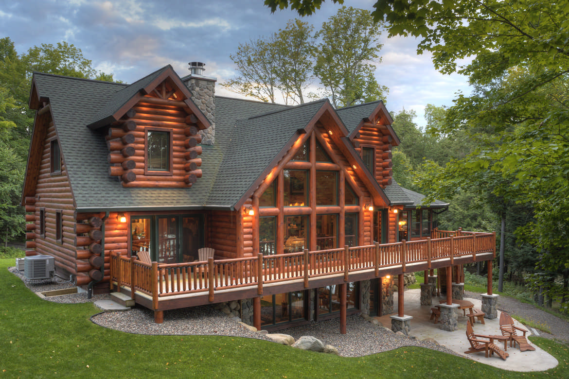 Tomahawk log and country homes inc for Log cabins homes