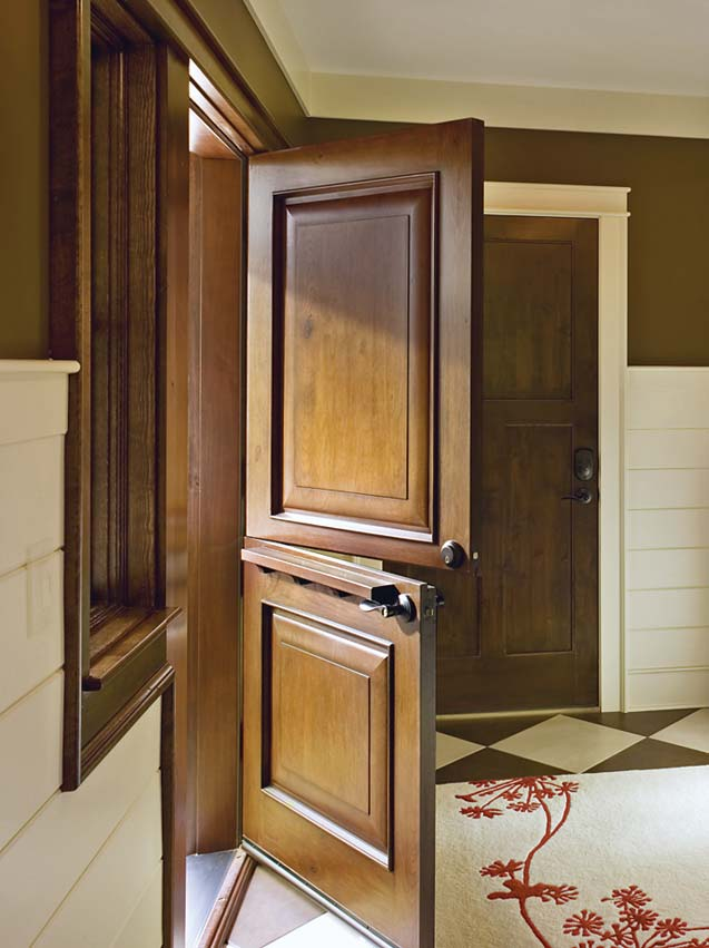 Dramatic Doors For Timber Homes
