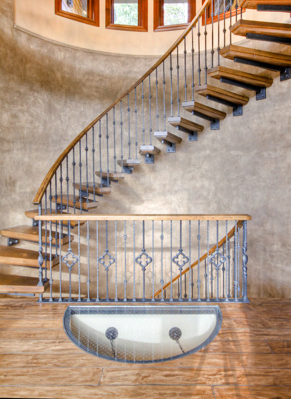 Pomeroy efficient home staircase