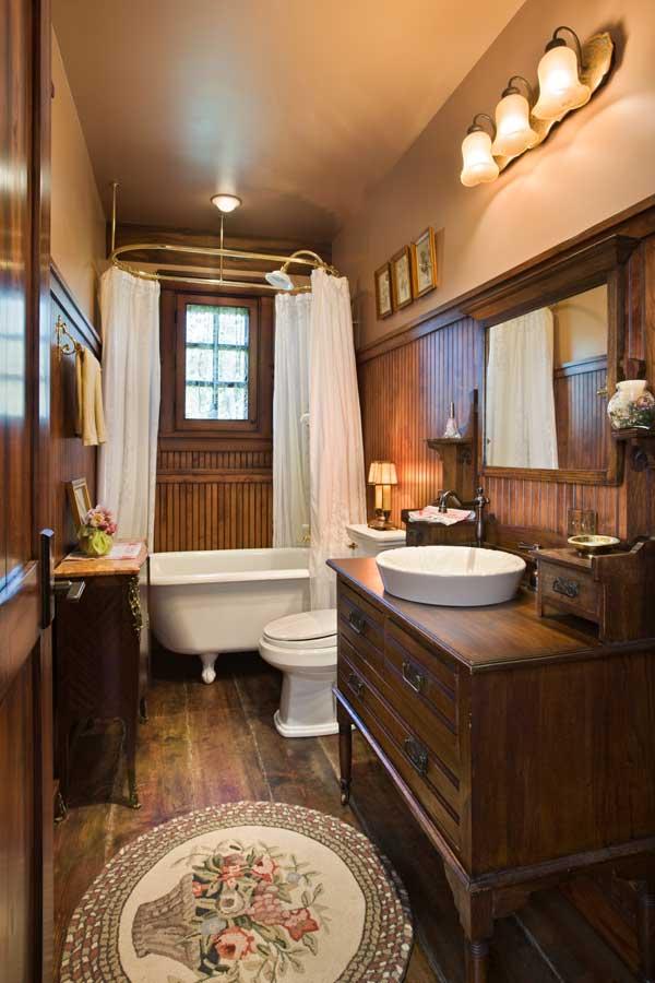 10 Unique Rustic Bathrooms