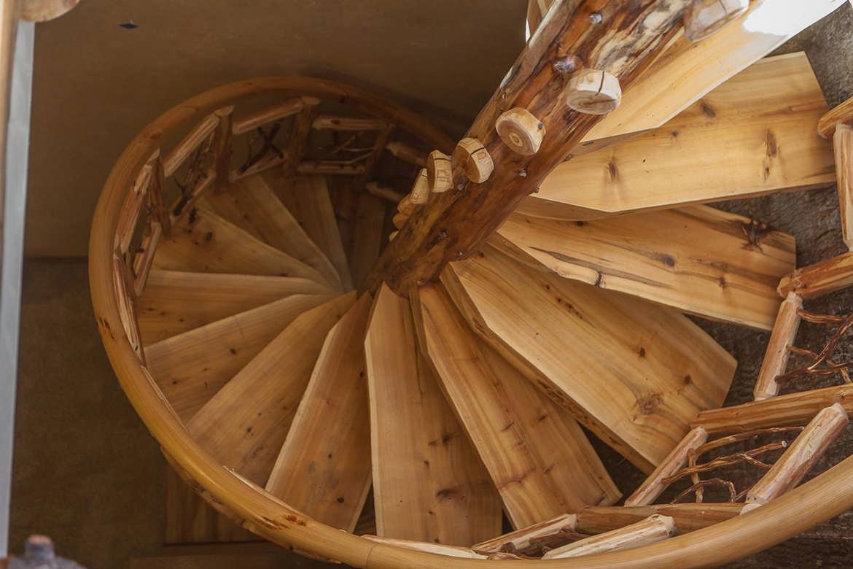 schneider-construction-logstairway