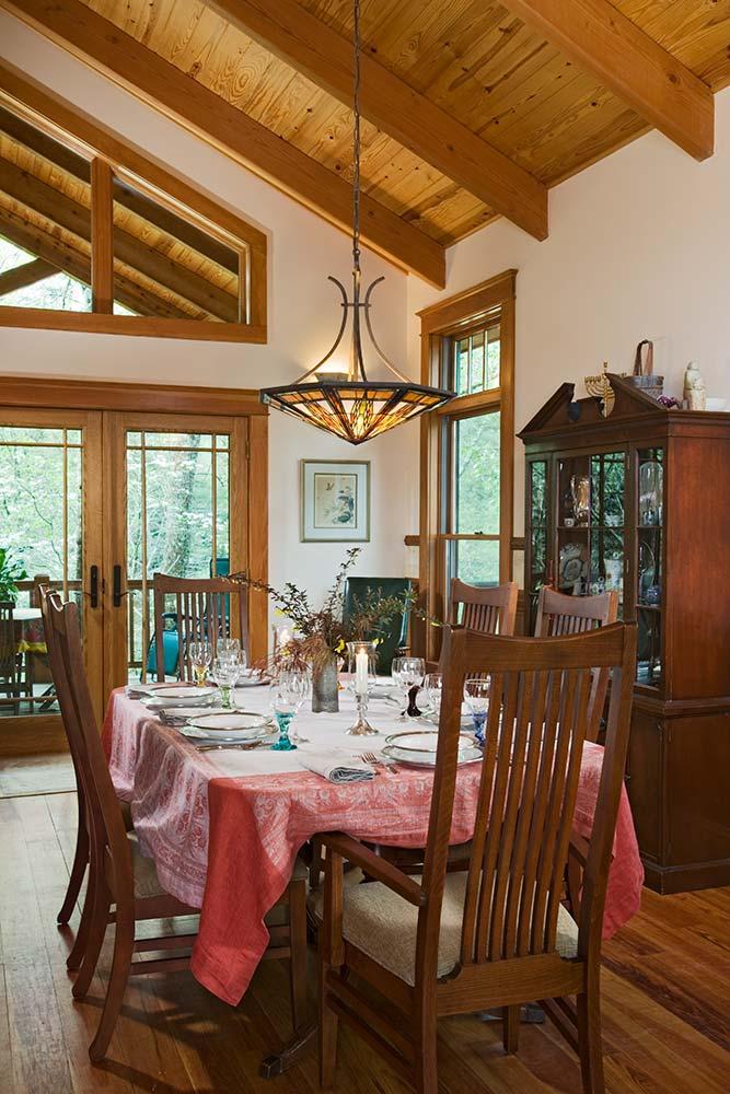 north-carolina-timber-home-dining-room-2