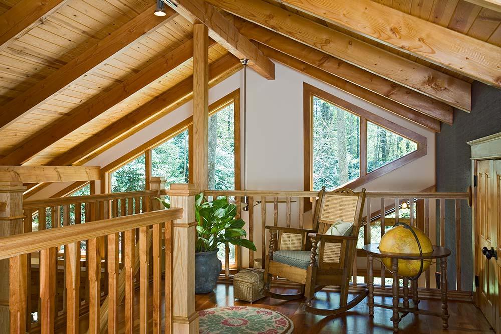 north-carolina-timber-home-loft-2
