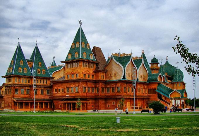 great wooden palace