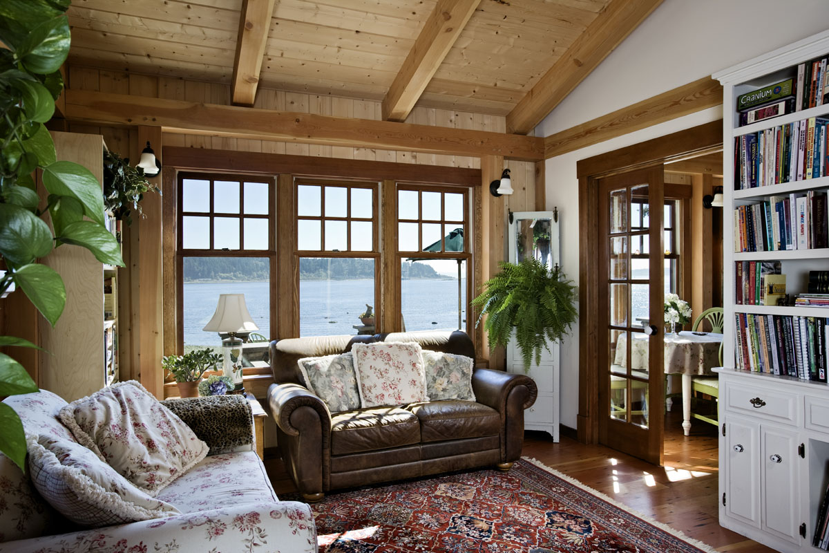 Expert Interior Design Tips For Small Cabins Cottages