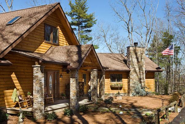 North Carolina log home exterior