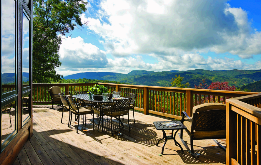 log home deck patio balcony views mountains