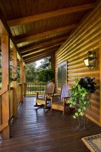 5-wooden-front-porch