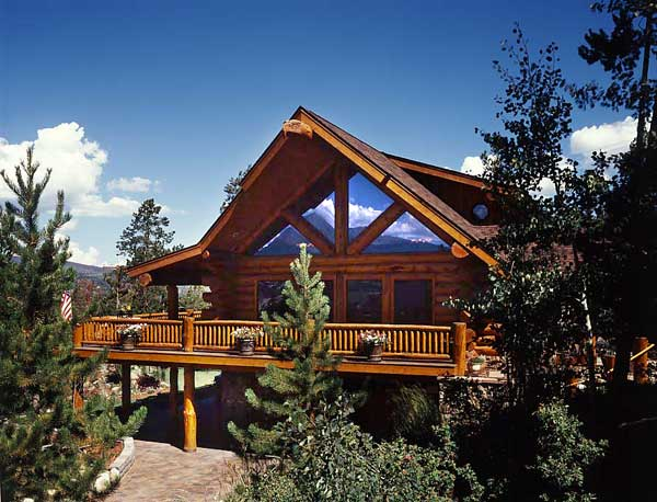 Colorado log home exterior