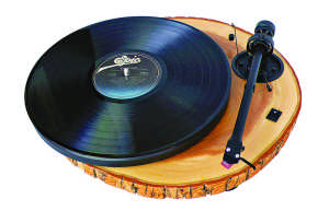 entertaining essentials: log record player