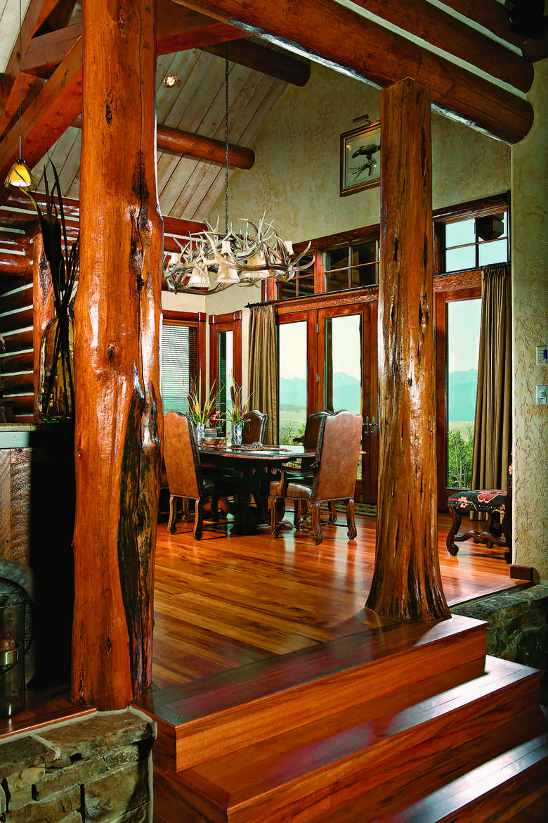 Designing a Beautiful Log Home Dining Space