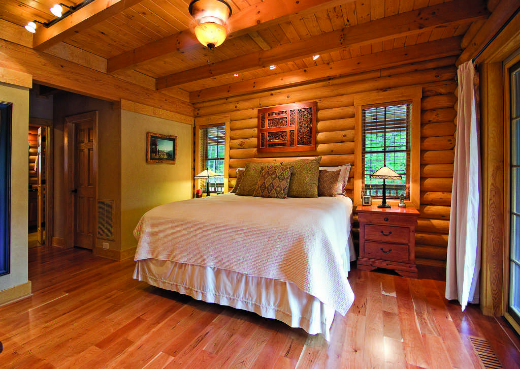 40 Log Home Bedrooms of Your Dreams Gorgeous Log Home Bedrooms
