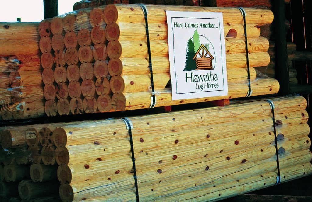 Hiawatha log home kits logs
