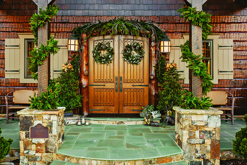 log home christmas decorations entryway exterior