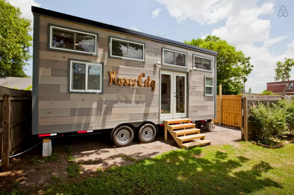 Located Just Two Miles North Of Nashville This Tennessee Tiny House Bring