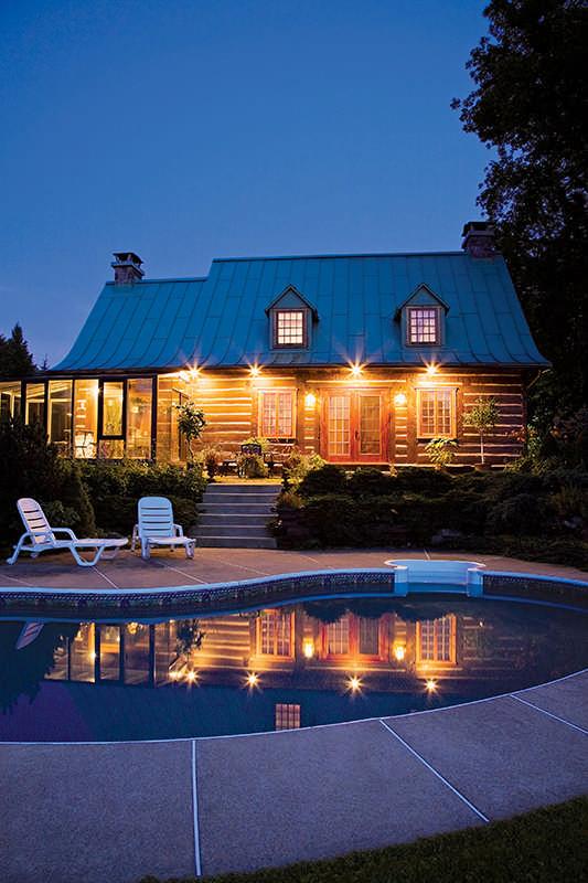 Captivating Log Home Living