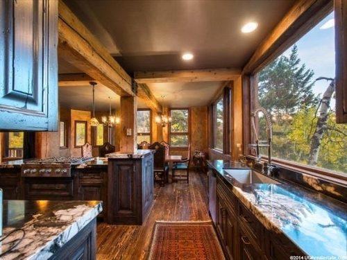 Cabin Castle in Utah Kitchen