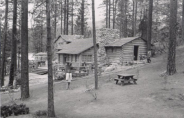 Cabins Featured in Movies: LEAVE HER TO HEAVEN (1945)